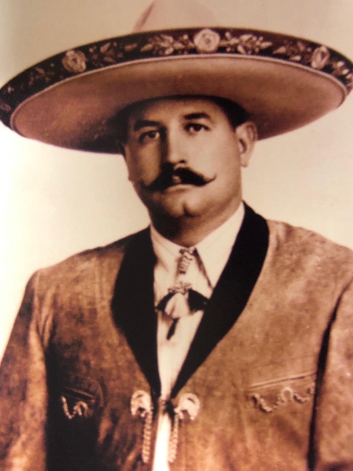 Don Calorlos Sánchez Llaguno