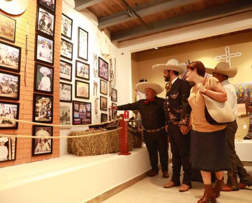 Museo Charro Tepic Gobernador y distinguida esposa