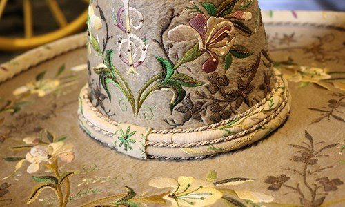 Sombrero de Escaramuza elegantemente adornado