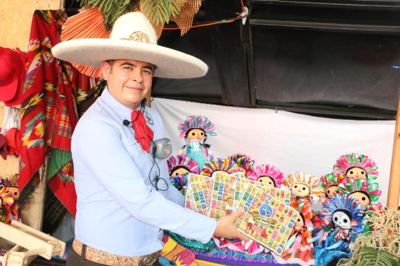 13 muñecas y loteria
